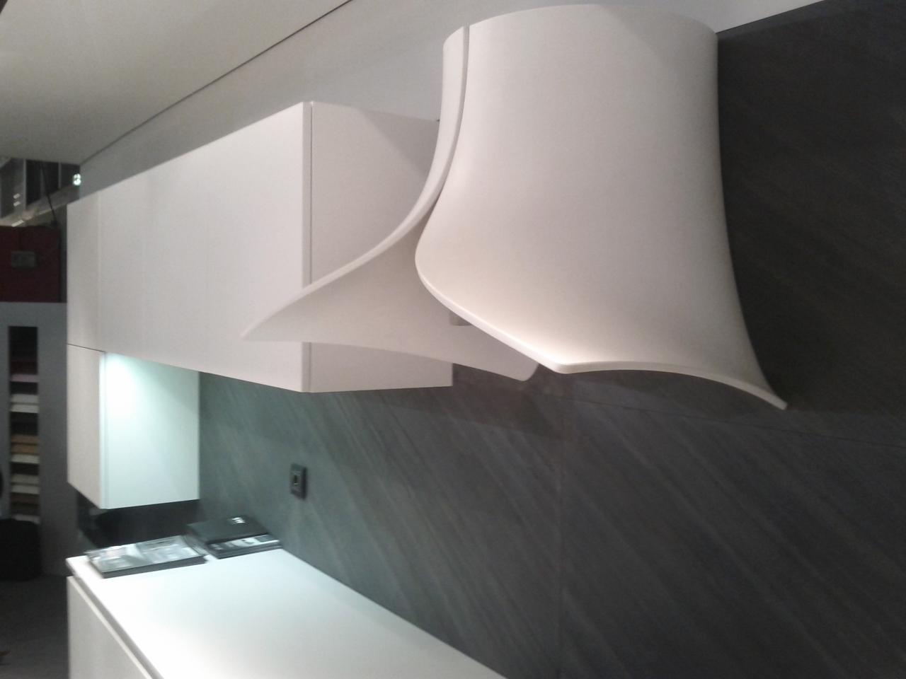 Hotte design r alis e en corian par pando cuisiniste rouen - Cuisine design le havre ...